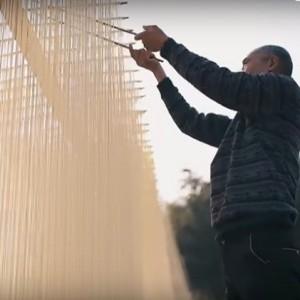 Film over het handmatig maken van noedels